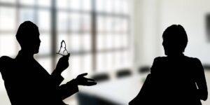 Un experto asegura que solo existe un buen momento para dar feedback a tus empleados —y no es durante la revisión de objetivos