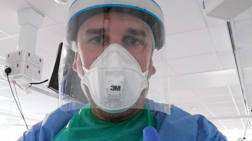 Un enfermero voluntario a la vacuna de Covid-19 cuenta su experiencia | Business Insider Mexico