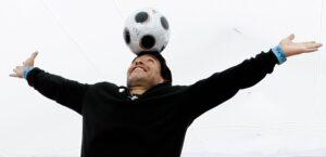 ¡Gracias, Diego! El mundo del futbol dice adiós a Diego Armando Maradona