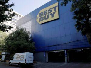 La Profeco vigila que Best Buy México cumpla sus compromisos con clientes antes de irse del país