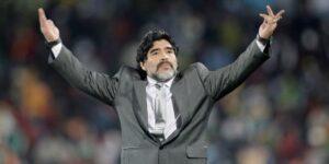 El abogado de Maradona denuncia que hubo una demora en los servicios de emergencia y pide que se realice una investigación