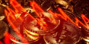El precio del Bitcoin rompe con racha al alza y se desploma 13%; algunos inversionistas intentan deshacerse de la criptodivisa