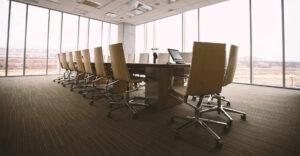 Banxico advierte debilidad en la creación de empleo formal; menos empresas se registran como patrones
