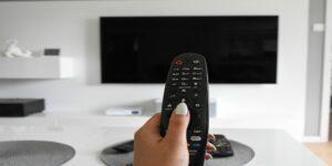 Televisa tiene poder sustancial en TV de paga tras la compra de clientes de Axtel, dice el Instituto Federal de Telecomunicaciones
