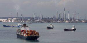 Cerca de 400,000 marineros están atrapados en buques mercantes debido al Covid-19, y los líderes de la industria están pidiendo ayuda a Jeff Bezos