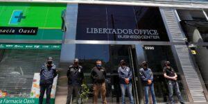 La justicia de Argentina allana las propiedades del médico de Maradona —él asegura que no provocó su muerte