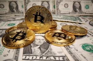 Bitcoin toca su máximo histórico —supera los 19,864 dólares y remonta las pérdidas de la semana pasada