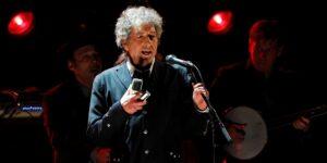 Bob Dylan vende su catálogo de canciones a Universal Music, en un acuerdo que podría alcanzar cientos de millones de dólares