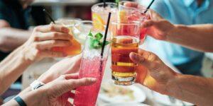 Bebidas que debes evitar si estás a dieta y realmente quieres bajar de peso