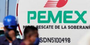 Gobierno de AMLO analiza reducir la carga fiscal de Pemex hasta el final de la administración