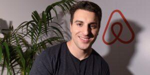 La increíble trayectoria del CEO de Airbnb, Brian Chesky, que empezó alquilando colchones en su apartamento y ahora va a protagonizar una de las salidas a bolsa del año