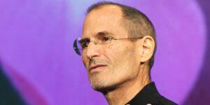 El truco de Steve Jobs, Elon Musk y otros personajes altamente exitosos para engatusar al público se esconde en las palabras que utilizan