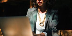 Un sitio especializado para mujeres que buscan empleos flexibles les permite explotar su potencial en puestos directivos