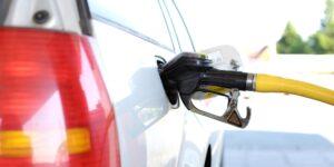 Cofece recomienda revisar el anteproyecto que dificulta la competencia en petrolíferos y beneficia a Pemex