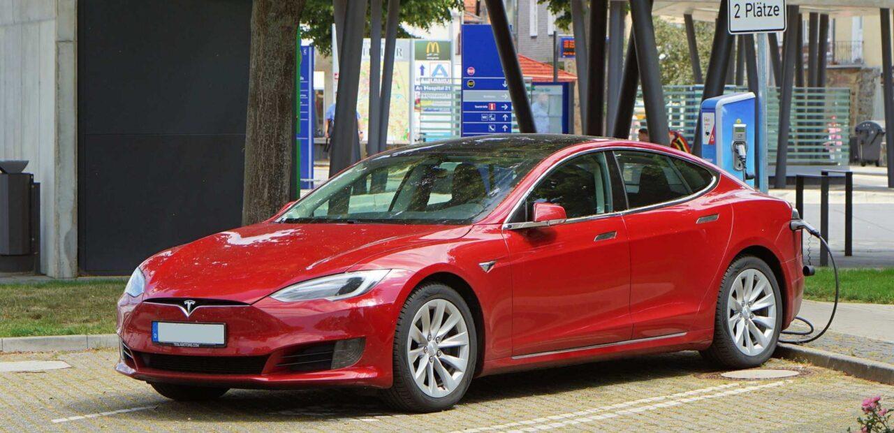 Tesla pone la tendencia en migración a vehículos eléctricos | Business Insider Mexico