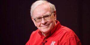 Leer mucho y encontrar un trabajo que les entusiasme, estos son los consejos de Warren Buffet para los recién graduados