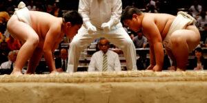 Los luchadores de sumo comen hasta 7,000 calorías al día, pero no tienen problemas de salud. ¿Cómo lo logran?