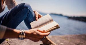 5 beneficios de la lectura para la salud y cómo establecer un hábito diario