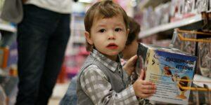 Santa Claus y los Reyes Magos sí podrán comprar juguetes en los supermercados —las ventas de ropa, calzado, juguetes y muebles las avala Sedeco