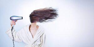 5 consejos para conseguir un cabello más grueso y causas comunes de caída o adelgazamiento del cabello