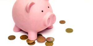 Cómo educar a tus hijos en la cultura del ahorro: habla con ellos acerca del dinero