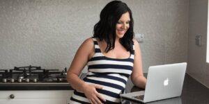 Quedar embarazada me aterrorizaba porque corría el riesgo de perder mi negocio. Así es como perseveré y me volví más exitosa con menos tiempo en mi día.
