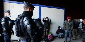 Más de 2,500 personas se reunieron para un rave ilegal de 2 días en Francia para celebrar el Año Nuevo