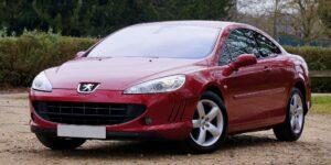 Accionistas de Peugeot y Fiat Chrysler aprueban su fusión de 52,000 mdd — su reto es fabricar automóviles más limpios