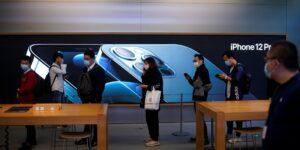 Las acciones de Apple en 2021: las claves para alcanzar los 3,000 mdd de capitalización, según los expertos