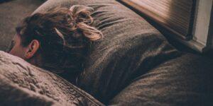 Amazon desarrolla en secreto un nuevo dispositivo Alexa para ayudarte a dormir mejor