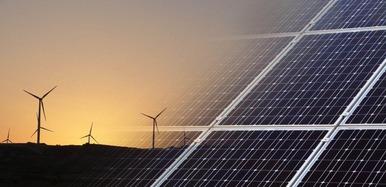 CFE señala a la energía renovable como culplable del apagón masivo