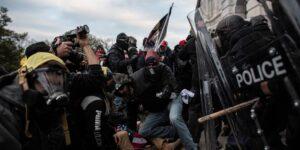 Un oficial de policía del Capitolio de los Estados Unidos murió como resultado del intento de insurrección en Washington, DC; es la quinta víctima de la revuelta