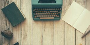 Estos autores te dan 4 buenas razones para escribir un libro que impulse tu carrera