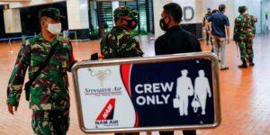Un avión de Indonesia desapareció con más de 50 personas poco después de su despegue en Yakarta