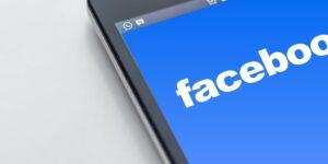 No solo prohibió a Trump, Facebook suspende cuentas en 11 países por difundir desinformación de corte político