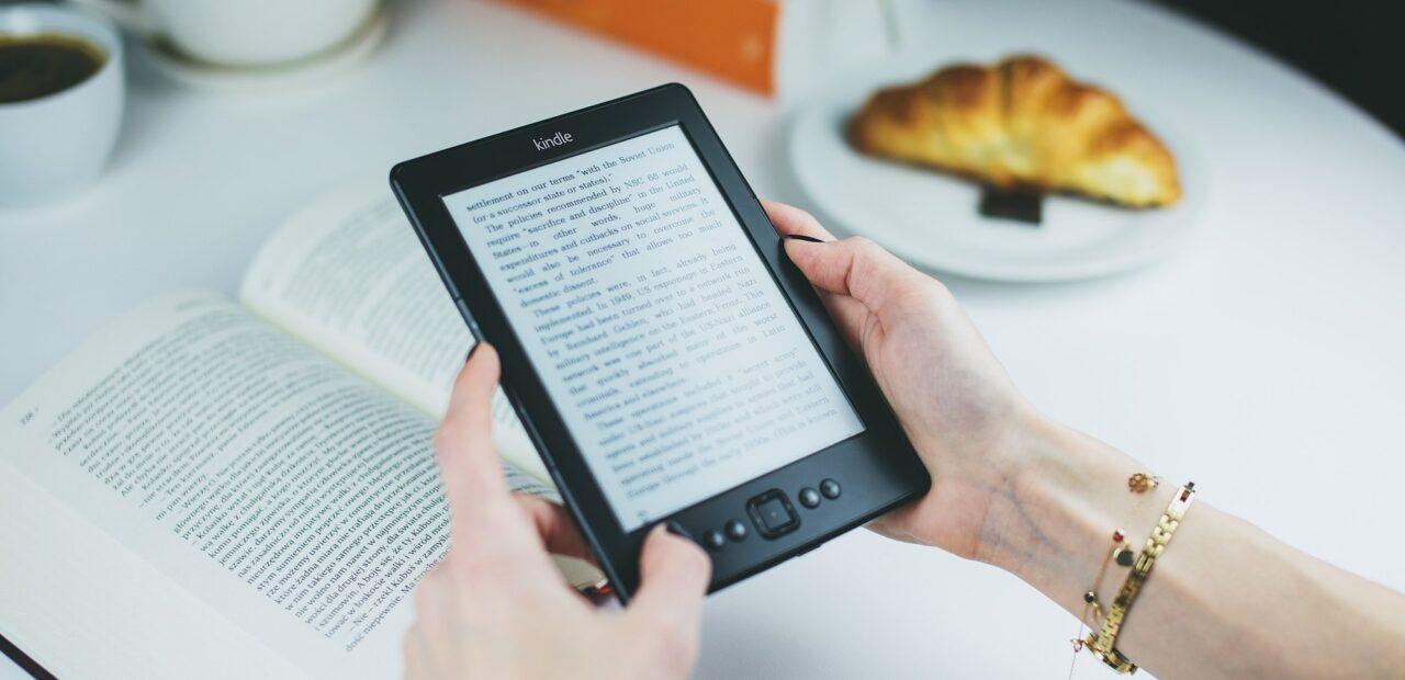 Amazon y 5 editoriales inflaron precios de libros electrónicos