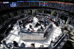 En 2020, los inversionistas mexicanos compensaron con más de 1 billón de pesos la fuga de capital extranjero