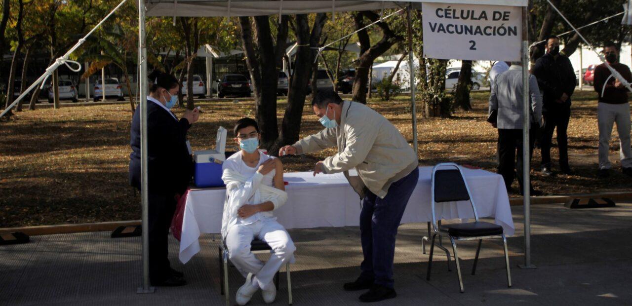 Pfizer vacuna entregas | Business Insider México