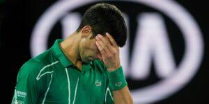 El Australian Open es un caos: hay pruebas positivas de Covid-19, los tenistas pelean en redes sociales y hay múltiples quejas por las estrictas cuarentenas