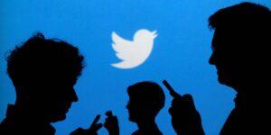 AMLO cuestiona neutralidad del director de Twitter México; lo llama simpatizante del PAN
