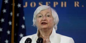 Janet Yellen, nominada al Tesoro por Joe Biden, sugiere restringir a las criptodivisas por sus operaciones ilegales y Bitcoin cae 10%