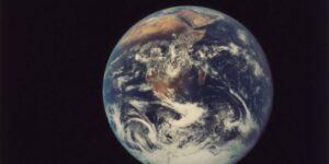 En los confines del espacio existe una «Super Tierra»; es un cuerpo masivo 50% más grande que nuestro planeta y casi tan viejo como el universo