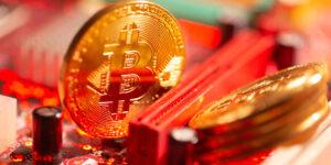 Bitcoin se desploma 11% después de una supuesta duplicación de transacciones