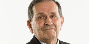 Rolando Zubirán, CEO de Axtel, se jubila y Eduardo Escalante queda al frente de forma interina —la empresa está en búsqueda de inversionistas