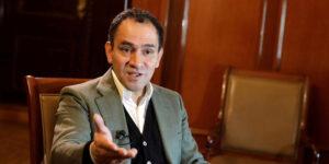 Hacienda planea su propio producto bancario para comprar dólares y evitar la reforma a la Ley de Banxico