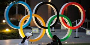 El COI vacunaría a todos los atletas olímpicos para no cancelar los Juegos Olímpicos de Tokio, según un reporte