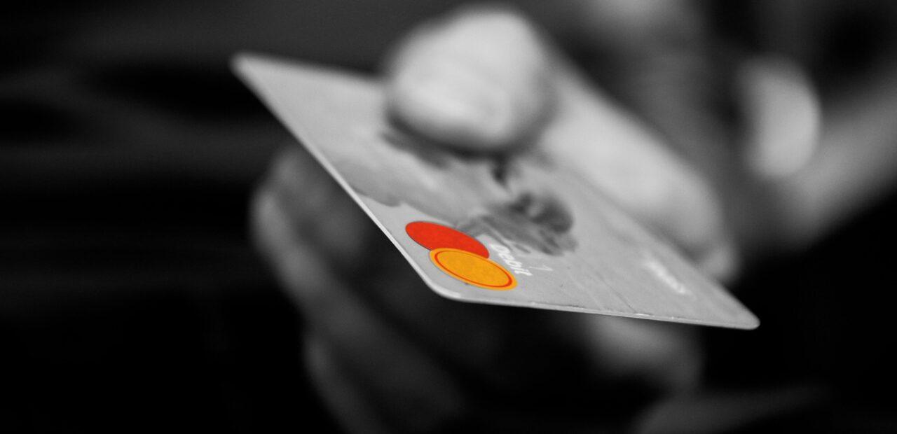 La Cofece multa a 7 bancos y 11 traders por colusión contra inversionistas