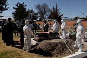 En México ocurrieron 45% más muertes por Covid-19 que las reportadas por el gobierno de AMLO: Inegi