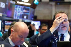 Estas son 9 acciones —además de GameStop— que se dispararon por la demanda generada en Reddit a expensas de poderosos fondos de Wall Street