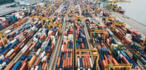 Las empresas entraron en modo de supervivencia en 2020, reduciendo importaciones de bienes de capital